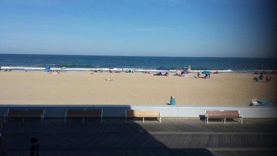 Days Inn Ocean City Oceanfront: 20160626_171058_large.jpg