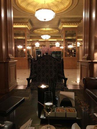 The Westin Palace, Milan: Bar area