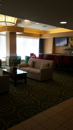 DoubleTree by Hilton Hotel Livermore: 20160627_101135_large.jpg