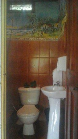 Hotel Reggae Cabinas: Bathroom Standard Room
