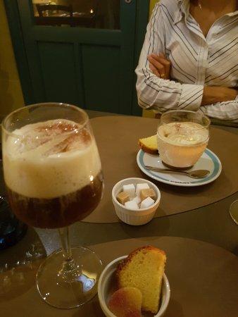 Restaurant-Bistro De Twijfelaar : irish coffee and cappucino