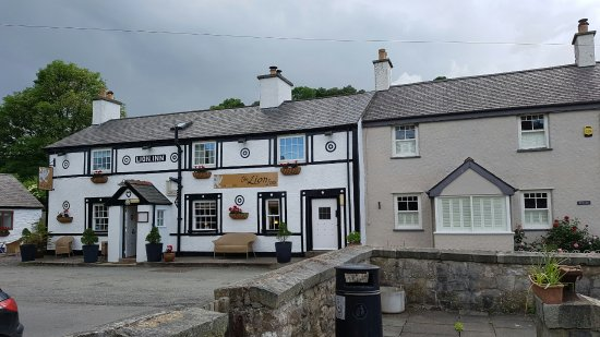 The Lion Inn: 20160624_192300_large.jpg