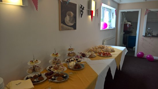 Bolton, UK: Afternoon tea buffet