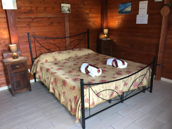 Bed and Breakfast La Bianca Scogliera