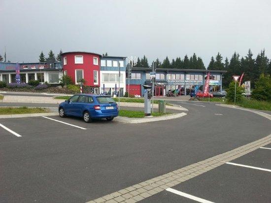Gersfeld, Germany: Flugcenter dort waren unsere Flüge gebucht.