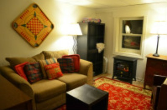 Davies House Bed & Breakfast and Extended Stay Inn: Chris' Place Studio Apartment