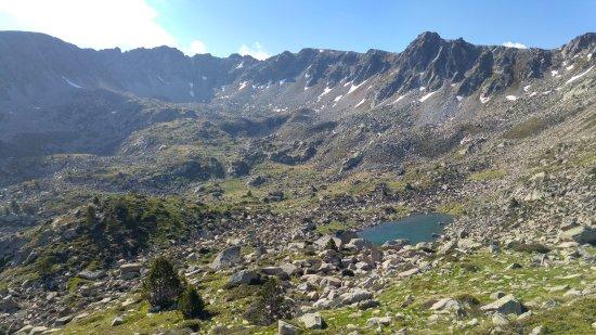 Grau Roig, Andorra: Circ dels pessons - Estany Rodó y otros en 2º plano