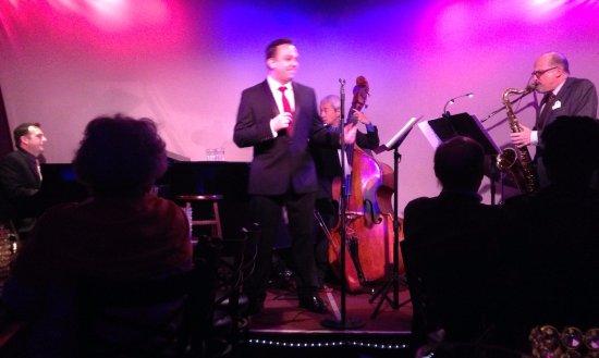 Metropolitan Room : We watched Shane Hampsheir - Swing Singer from England - GREAT