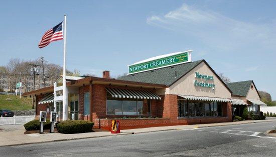Newport Creamery Cranston Restaurant Reviews Phone Number Photos Tripadvisor