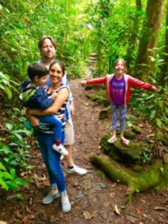 Rio Alternative Tour: Diana and her family - Forest