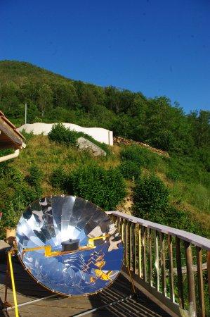 Amélie-les-Bains Palalda, France : cuisson au four solaire !
