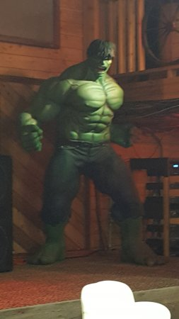 Okies Steakhouse & Saloon : Hulk on stage like 10 feet tall