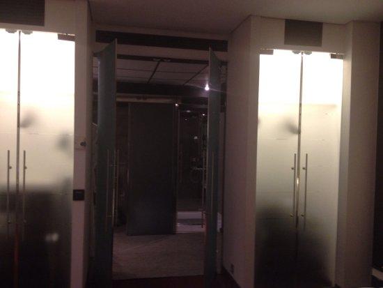 Hilton Madrid Airport: photo2.jpg