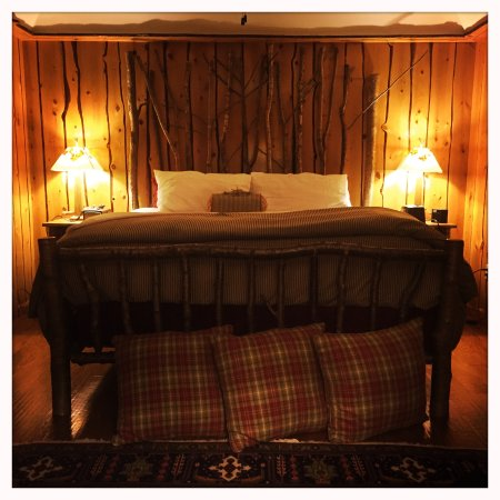 Chestertown, Nova York: Forrest suite - king size bed. Very quiet.