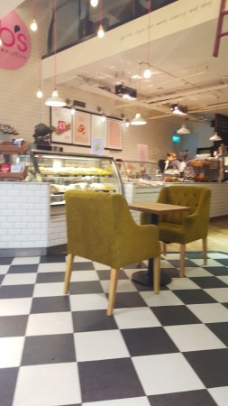 BB's Coffee & Muffins Cardiff: cafe