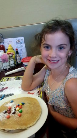 Sterling, CO: The kids M&M pancakes