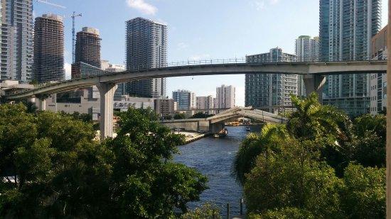 River Park Hotel & Suites Downtown/Convention Center Picture