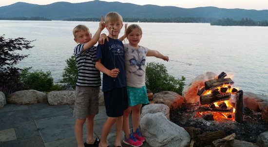 Depe Dene Resort: Private S'mores fire after a day of FUN at Coopers Point