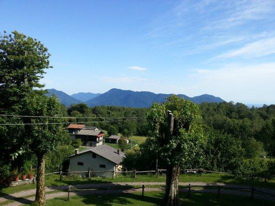 Oggebbio, İtalya: Vue depuis notre chambre