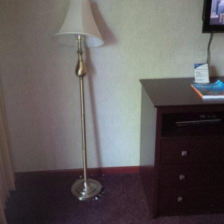 Callicoon, NY: Broken Lamp