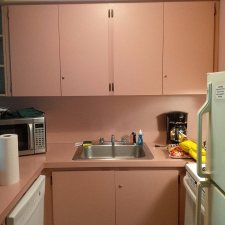 Callicoon, Estado de Nueva York: Pink Formica Kitchen