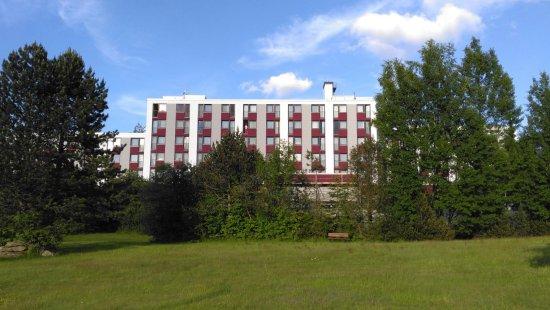 Hotel Kaiseralm: Hotel / View of Hotel