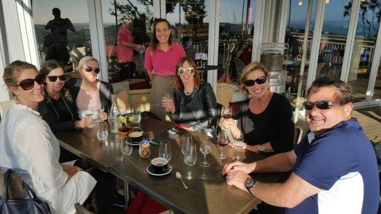 Isla Waiheke, Nueva Zelanda: Crazy crew