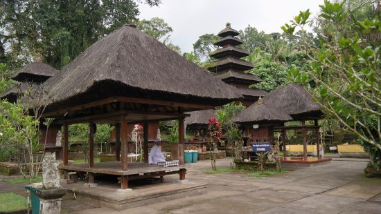 Pura Luhur Batukaru: prostor chrámu