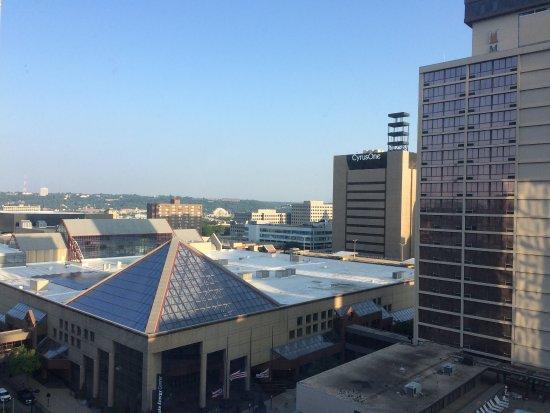 Hyatt Regency Cincinnati : 12th floor overlooking downtown