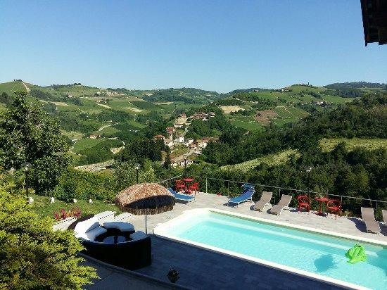 Trezzo Tinella, İtalya: 20160622_171149_large.jpg