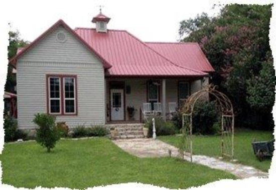 Hico, TX: Morning coffee on front porch or wine on porch in the evening