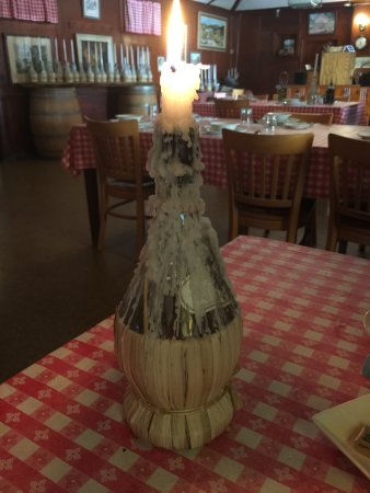 Occidental, Kaliforniya: The classic - chianti bottle with dripping candle