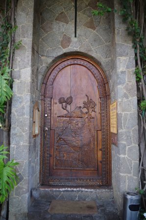 Posada de Santiago: Entrance to lodge