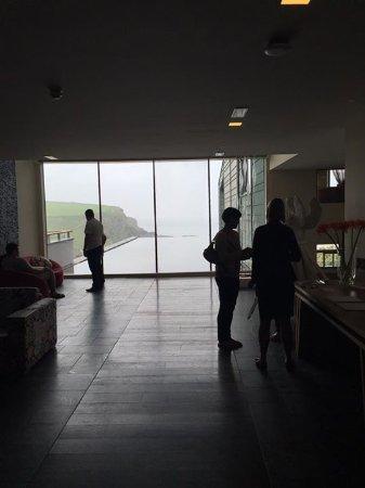 The Scarlet Hotel: Hotel lobby