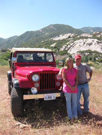Ojai, Kalifornien: Celebrationg 17 years -- locally owned & operated, family business