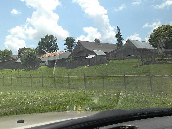 Bakersville Pioneer Village照片