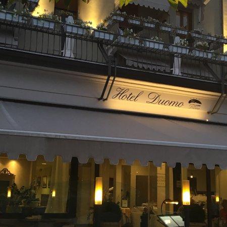 Hotel Duomo Salo: Insegna