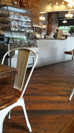 แวนคูเวอร์, วอชิงตัน: Inside...Love the floors!