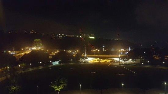 Wyndham Grand Pittsburgh Downtown: 20160623_221835_large.jpg