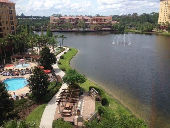 Wyndham Bonnet Creek Resort: Mini golf, Pools, BBQ