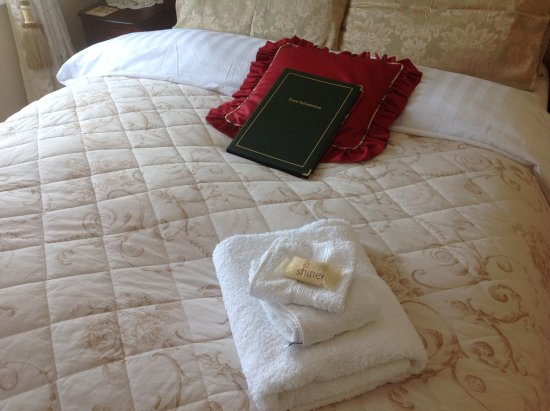 Ballybay, Irlanda: Luxury bedding