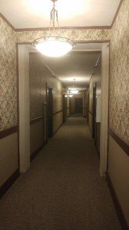 MarQueen Hotel: 0622161539_large.jpg