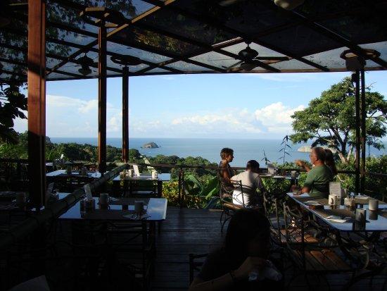 سي كومو مو ريزورت سبا آند وايلدلايف: View from hotel restaurant