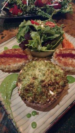 Lake Zurich, IL: mushroom 'burger' - tastee and look at the presentation!!
