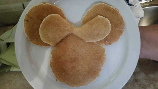 Niles, MI: Minnie mouse pancake