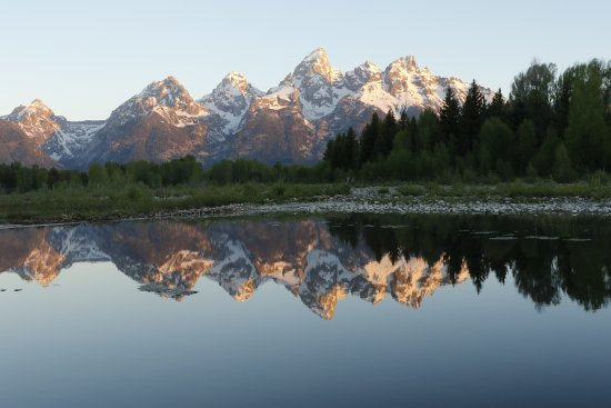 Jackson Hole, WY: Early morning mirror shot