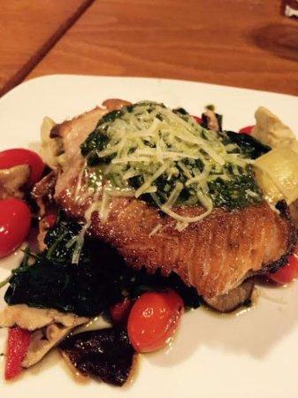 Sweet n Savory Cafe: Seared Salmon over portobello mushrooms, spinach, artichokes and roasted tomato, with pesto sauc