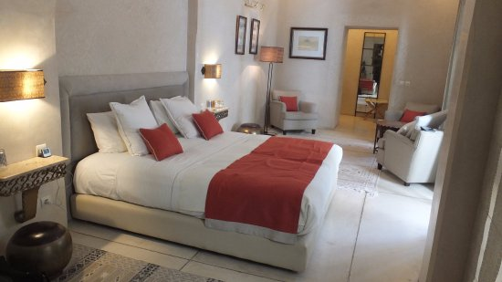 Riad Camilia: Bedroom on First Floor (One Floor Above the Ground Floor)