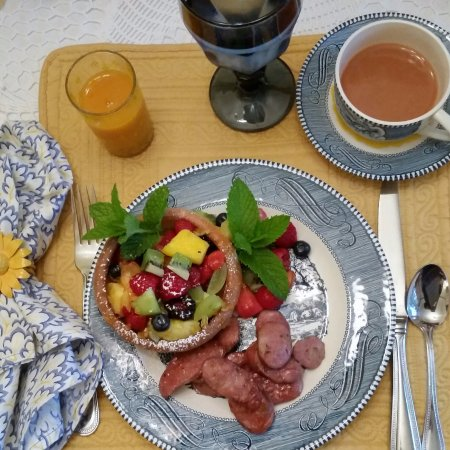 Hedman House, A Bed and Breakfast: Another beautiful breakfast