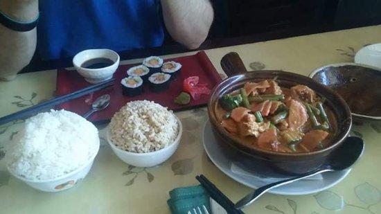 Bridgewater, MA: Clay Pot Tofu Curry